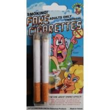 Cigarrillos con humo de broma.