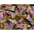 Caramelo solano sabor fresa bolsa de 330 unidades.